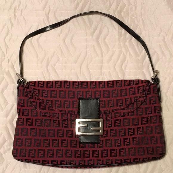 Fendi Handbags - Authentic Fendi Handbag dbefd25a327e2